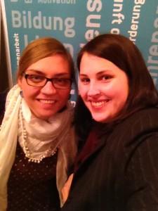 Corinna und Verena auf der Landesversammlung 2015